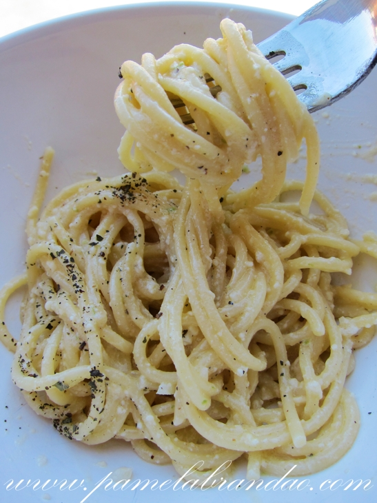 Spaghetti with Lemon and Olive Oil (al Limone) | Pam*B